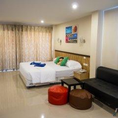 Отель Chitra Suite Паттайя комната для гостей фото 4
