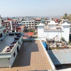 Отель Mukhum International Непал, Катманду - отзывы, цены и фото номеров - забронировать отель Mukhum International онлайн балкон