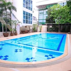 Отель Chaidee Mansion Бангкок бассейн фото 2