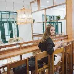 Peace Factory Hostel Бангкок гостиничный бар