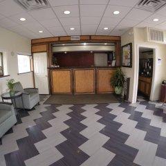 Отель Motel 6 Elizabeth - Newark Liberty Intl Airport США, Элизабет - отзывы, цены и фото номеров - забронировать отель Motel 6 Elizabeth - Newark Liberty Intl Airport онлайн интерьер отеля фото 3