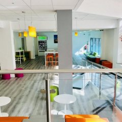 Отель ibis Styles London Excel бассейн