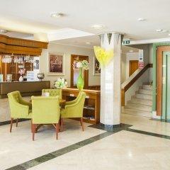 Отель Holiday Club Heviz Венгрия, Хевиз - отзывы, цены и фото номеров - забронировать отель Holiday Club Heviz онлайн интерьер отеля фото 2