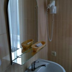 Гостиница Zolotoy Fazan Николаев ванная фото 2