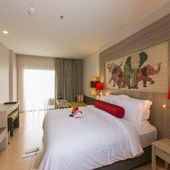 Отель Ramada by Wyndham Phuket Deevana Patong Стандартный номер с различными типами кроватей фото 7