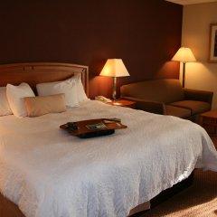Отель Hampton Inn Newark Airport США, Элизабет - отзывы, цены и фото номеров - забронировать отель Hampton Inn Newark Airport онлайн комната для гостей фото 5