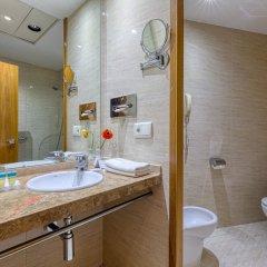 Отель Senator Parque Central Hotel Испания, Валенсия - 12 отзывов об отеле, цены и фото номеров - забронировать отель Senator Parque Central Hotel онлайн ванная