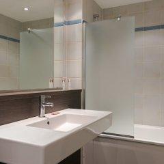 Отель Hôtel Paris Louis Blanc - Paris 10 ванная фото 2