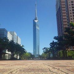 Отель Seaside Twins Momochi Фукуока спортивное сооружение
