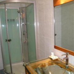 Central Hotel Cayenne in Cayenne, French Guiana from 111$, photos, reviews - zenhotels.com bathroom