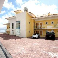Отель Apartamentos Baia Brava Санта-Крус парковка