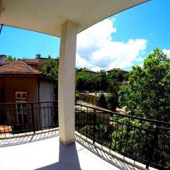Отель Funky Monkey Hostel Болгария, Пловдив - отзывы, цены и фото номеров - забронировать отель Funky Monkey Hostel онлайн балкон