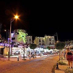 Club Vela Hotel пляж