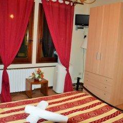 Отель Rialto House Италия, Венеция - отзывы, цены и фото номеров - забронировать отель Rialto House онлайн сейф в номере
