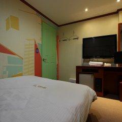 Отель Khan Motel комната для гостей