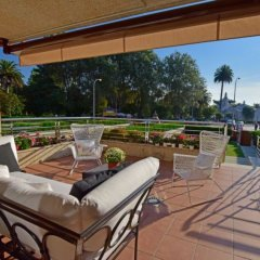 Отель Chalet en Isla de la Toja Испания, Эль-Грове - отзывы, цены и фото номеров - забронировать отель Chalet en Isla de la Toja онлайн балкон