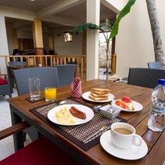 Отель Tropic Tree Hotel Maldives Мальдивы, Велиганду Хураа - отзывы, цены и фото номеров - забронировать отель Tropic Tree Hotel Maldives онлайн питание