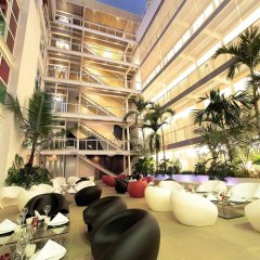 Now Hotel интерьер отеля