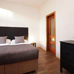 Отель Theatre Residence Apartments Чехия, Прага - 3 отзыва об отеле, цены и фото номеров - забронировать отель Theatre Residence Apartments онлайн сейф в номере