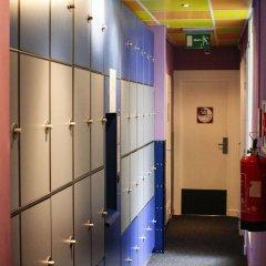 Отель The Flying Pig Uptown Нидерланды, Амстердам - отзывы, цены и фото номеров - забронировать отель The Flying Pig Uptown онлайн интерьер отеля фото 2
