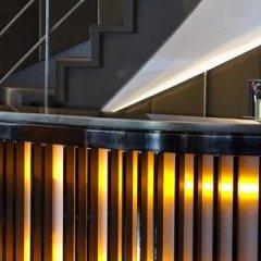 AC Hotel Carlton Madrid by Marriott бассейн