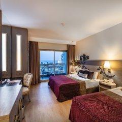 Отель Kirman Belazur Resort And Spa Богазкент комната для гостей фото 4
