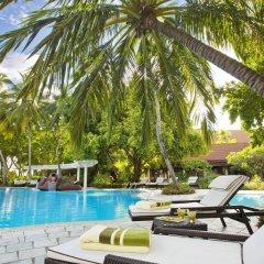 Отель Kurumba Maldives бассейн