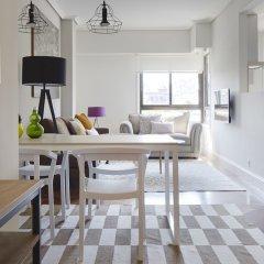 Апартаменты Duke Apartment by FeelFree Rentals в номере