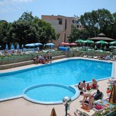 Отель Shipka Болгария, Золотые пески - отзывы, цены и фото номеров - забронировать отель Shipka онлайн бассейн фото 2
