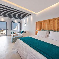 Отель Aura Suites комната для гостей фото 3