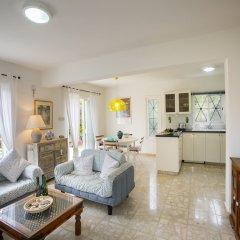 Отель Protaras Villa Sea Maris Кипр, Протарас - отзывы, цены и фото номеров - забронировать отель Protaras Villa Sea Maris онлайн комната для гостей фото 3