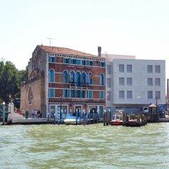 Santa Chiara Hotel & Residenza Parisi Венеция вид на фасад