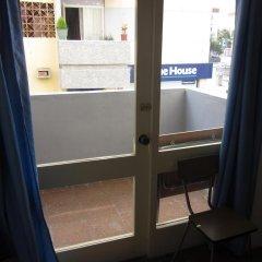 Отель Hostal Casa De Huéspedes San Fernando - Adults Only сейф в номере