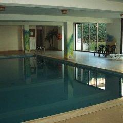 Отель Alaska бассейн