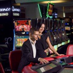 Queenco Hotel & Casino развлечения