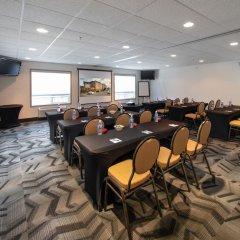 Отель Service Plus Inns & Suites Calgary Канада, Калгари - отзывы, цены и фото номеров - забронировать отель Service Plus Inns & Suites Calgary онлайн помещение для мероприятий