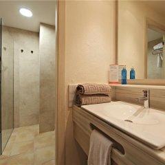 Отель VIVA Cala Mesquida Resort & Spa ванная