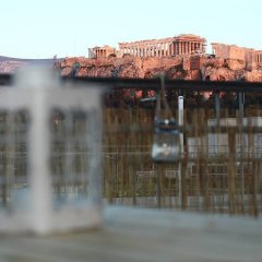 Отель Romantic Apt with Penthouse & Acropolis View