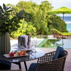 Отель Emerald Maldives Resort & Spa - Platinum All Inclusive Мальдивы, Медупару - отзывы, цены и фото номеров - забронировать отель Emerald Maldives Resort & Spa - Platinum All Inclusive онлайн питание фото 2