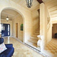 Отель The Stone House Мальта, Сан Джулианс - отзывы, цены и фото номеров - забронировать отель The Stone House онлайн интерьер отеля фото 3