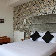Kings Hotel комната для гостей
