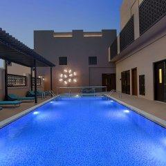Отель Hyatt Place Dubai/Wasl District бассейн фото 2
