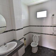 Отель Penhouse Hotel Pattaya Таиланд, Паттайя - отзывы, цены и фото номеров - забронировать отель Penhouse Hotel Pattaya онлайн ванная фото 2