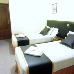Отель Hostal Chelo Испания, Мадрид - 3 отзыва об отеле, цены и фото номеров - забронировать отель Hostal Chelo онлайн комната для гостей фото 2