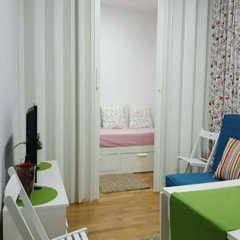 Отель MC YOLO Apartamento Museo Reina Sofia Испания, Мадрид - отзывы, цены и фото номеров - забронировать отель MC YOLO Apartamento Museo Reina Sofia онлайн комната для гостей фото 2