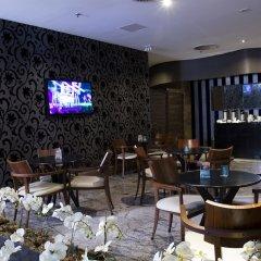 Отель Bourbon Convention Ibirapuera Бразилия, Сан-Паулу - отзывы, цены и фото номеров - забронировать отель Bourbon Convention Ibirapuera онлайн гостиничный бар