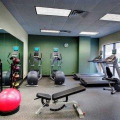 Отель Hampton Inn & Suites Chicago Downtown фитнесс-зал фото 3