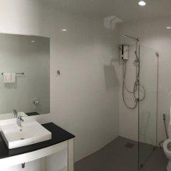 Отель White Flower Lanta Ланта ванная