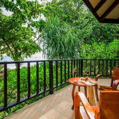 Отель Koh Jum Beach Villas балкон