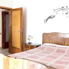 Апартаменты Apartment With 4 Bedrooms in Recanati, With Wonderful Mountain View, Enclosed Garden and Wifi - 8 km From the Beach Реканати комната для гостей фото 5